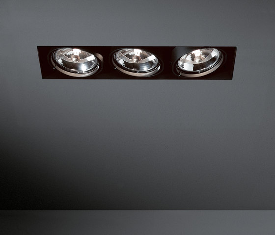 Multiple trimless 3x AR111 GE di Modular Lighting Instruments | Lampade spot