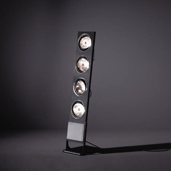 Aton 4Lx ARIII TI/IN vertical floor di Modular Lighting Instruments | Lampade spot