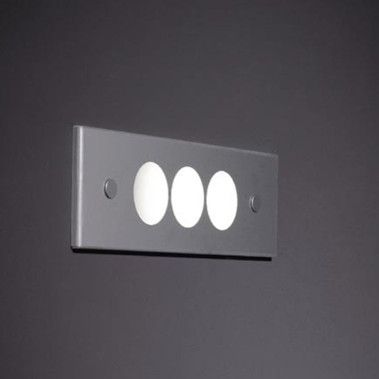 Quova cover 2470 circles by Modular Lighting Instruments | General lighting