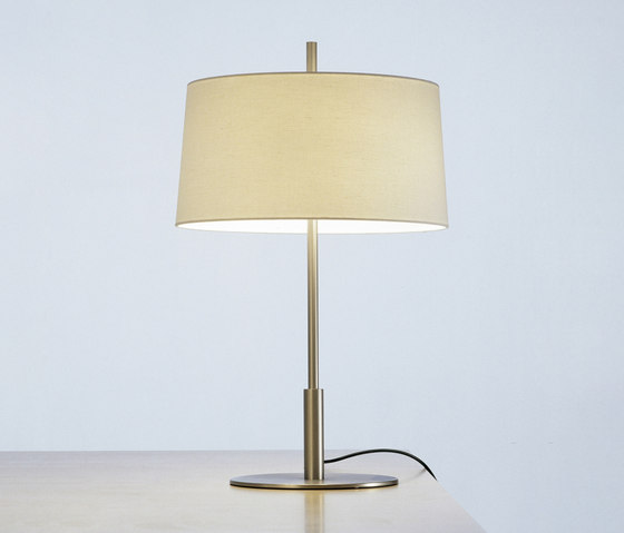 Diana Menor | Table Lamp di Santa & Cole | Illuminazione generale