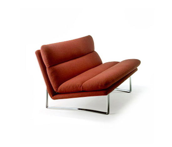 C 683 by Artifort | Lounge chairs
