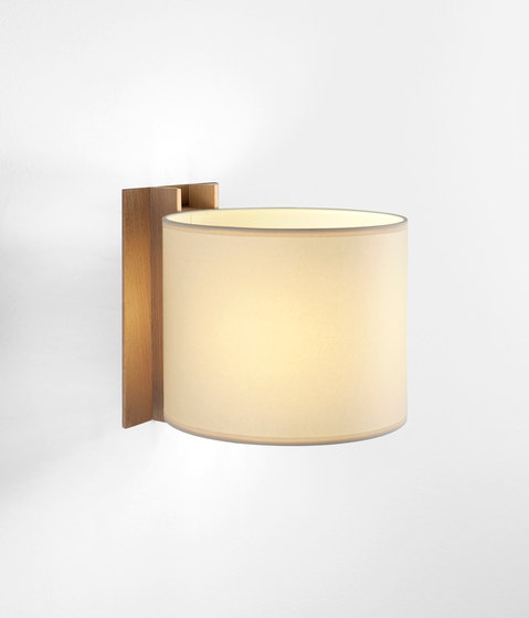 TMM | Wall Lamp by Santa & Cole | General lighting