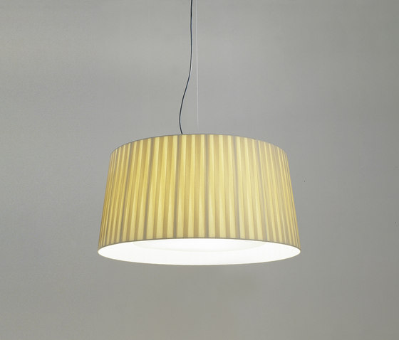GT17 | Pendant Lamp by Santa & Cole | General lighting