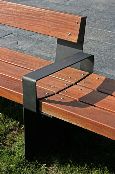 Bancal by Santa & Cole | Exterior benches
