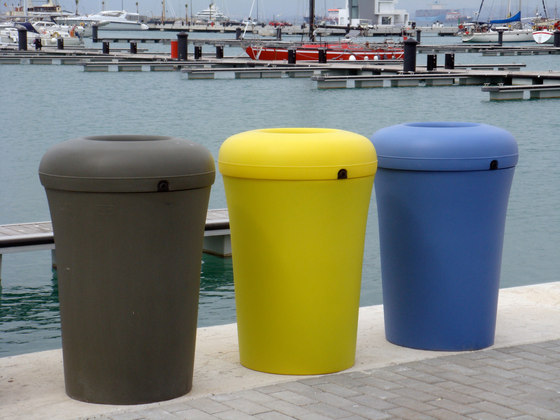 Bina by Santa & Cole | Waste baskets