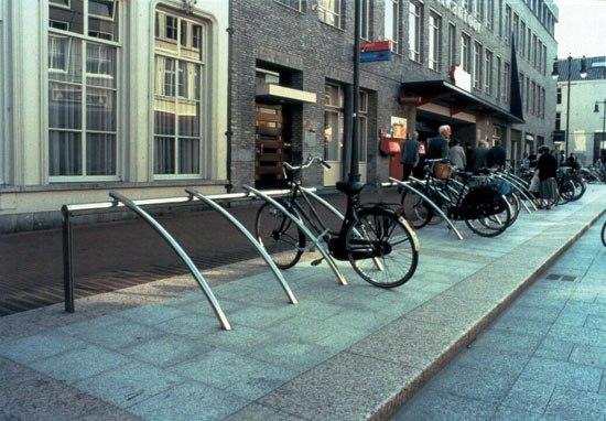 Bicilínea de Santa & Cole | Soportes para bicicletas