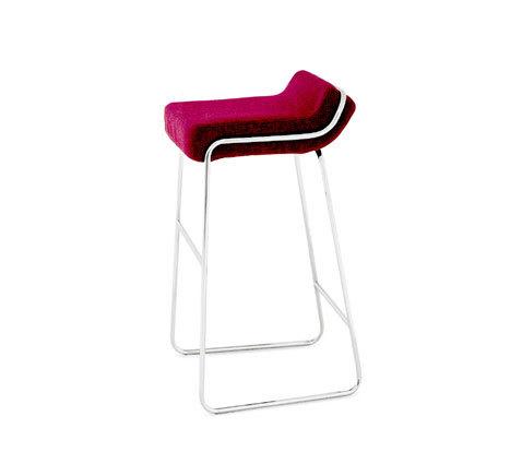Otto | 2298/B by Zanotta | Bar stools