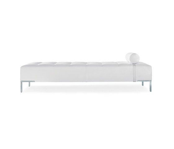 Alfa | 1326 by Zanotta | Day beds