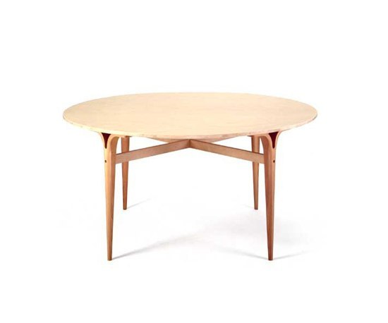 Table with cleft legs by Bruno Mathsson International | Dining tables
