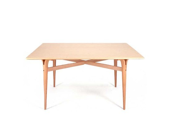 Table with cleft legs by Bruno Mathsson International | Coffee tables
