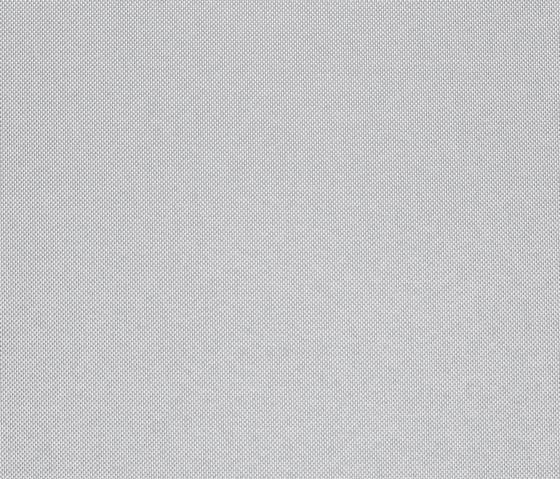 Gloss 3 112 von Kvadrat | Stoffbezüge