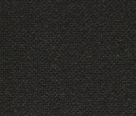 Tonus 3 690 von Kvadrat | Stoffbezüge