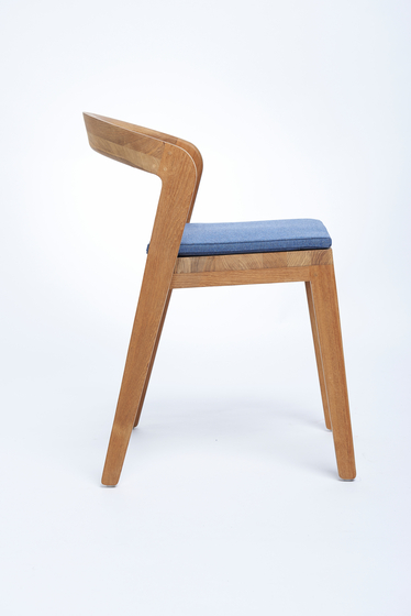 Play Chair – A Grade teak de Wildspirit | Sillas para restaurantes