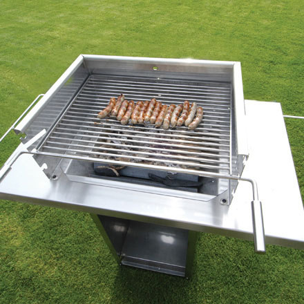 charc.grill st.steel by Radius Design | Barbecues