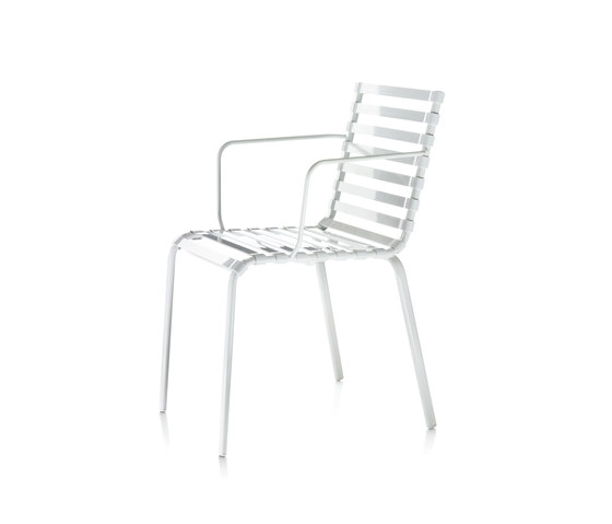 Striped Armchair de Magis | Chaises de restaurant