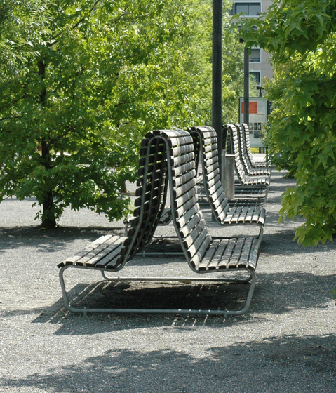 Landi special double with high backrest by BURRI | Exterior benches