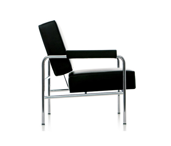LC13 Wagon Fumoir by Cassina | Lounge chairs