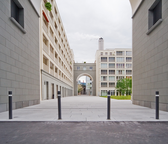 Public Bollard removable barrier post – Uni & Millenium by BURRI | Bollards