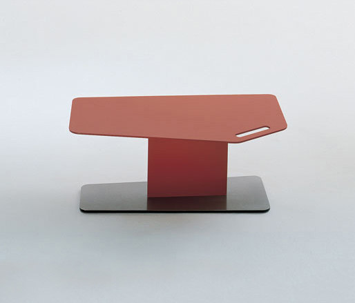 T-Bird side table by Bonacina Pierantonio | Side tables