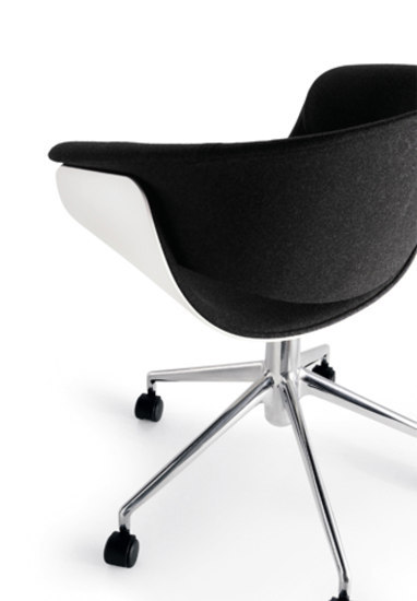 Sina PSI71/5 by B&B Italia | Task chairs
