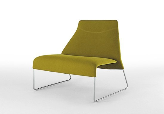 Lazy 05 PLA80 by B&B Italia | Lounge chairs