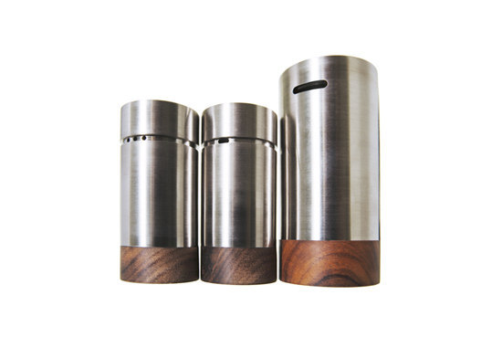 Cellars by Konkret Form | Salt & pepper shakers
