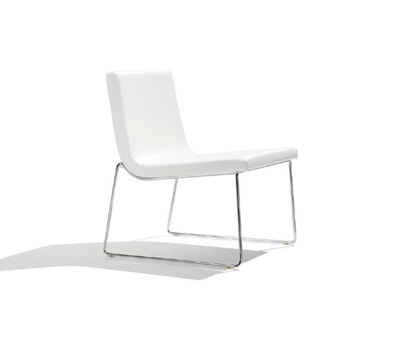 Lineal Comfort BU 0597 by Andreu World | Lounge chairs