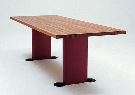 Auriga tavoli da pranzo meritalia architonic for Produttori tavoli