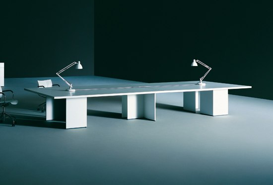 Graphis by Tecno | Contract tables