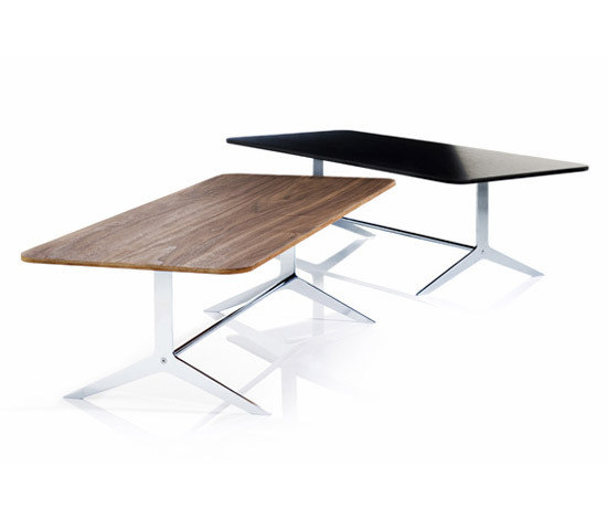 Mono Table by Magnus Olesen | Lounge tables
