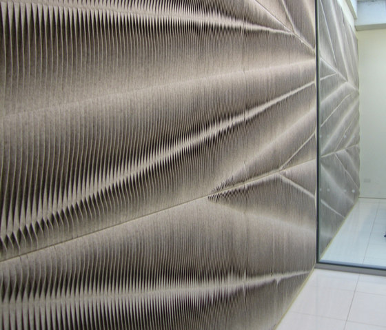 Leaf wall panel by ANNE KYYRÖ QUINN | Bespoke fabrics