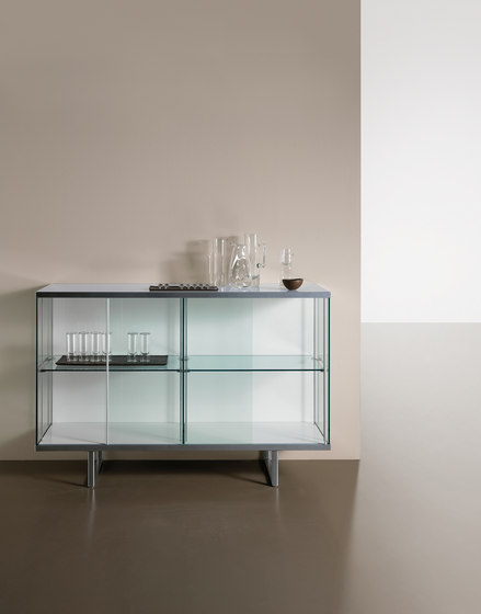 Broadway high by Tonelli | Display cabinets