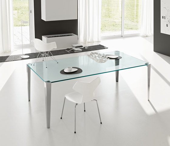Stratos mono by Tonelli | Dining tables