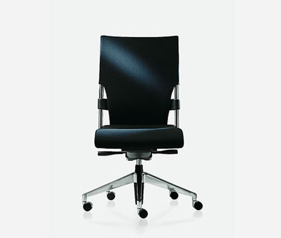 drive 122 by Brunner | Task chairs