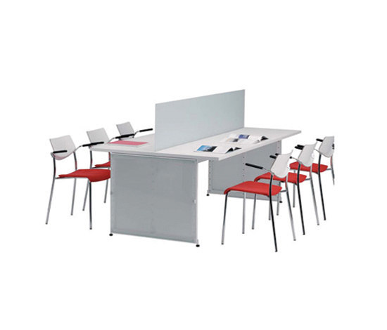 Reading Tables / Study table von Lustrum | Lesetische / Studiertische