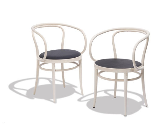 209 by Thonet | Chairs