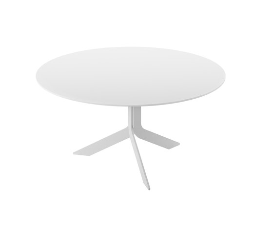 Iblea table round by Desalto | Dining tables