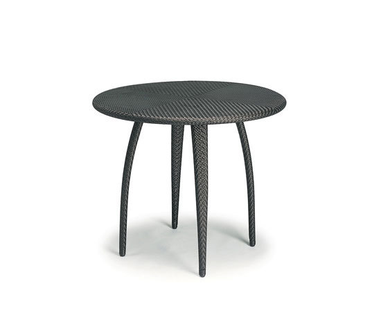 Tango Dining table by DEDON | Bistro tables