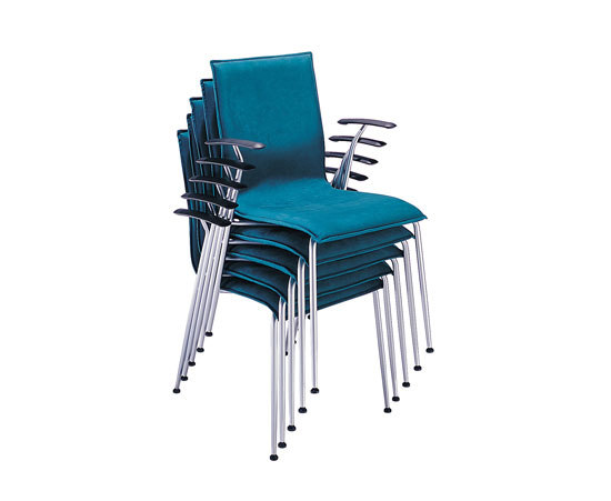 Tonica chair by Magnus Olesen | Visitors chairs / Side chairs