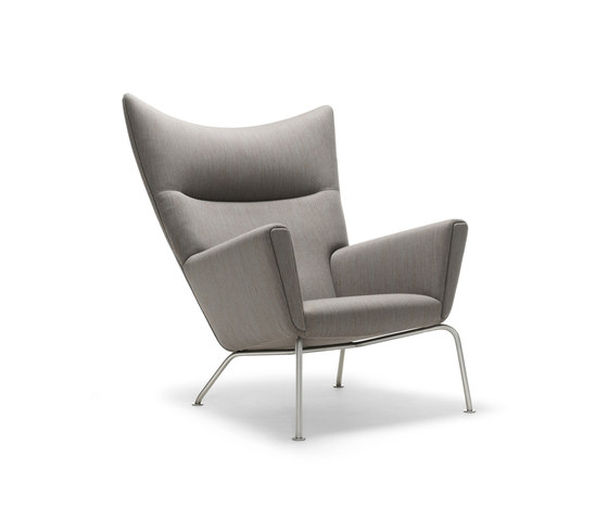 CH445 Wing Chair di Carl Hansen & Søn | Poltrone lounge