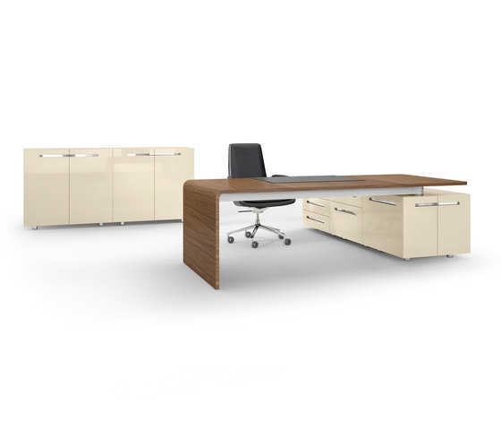 Lane office table by RENZ | Executive desks