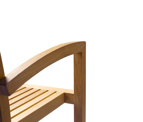 Pure Armchair di Tribù | Sedie da giardino