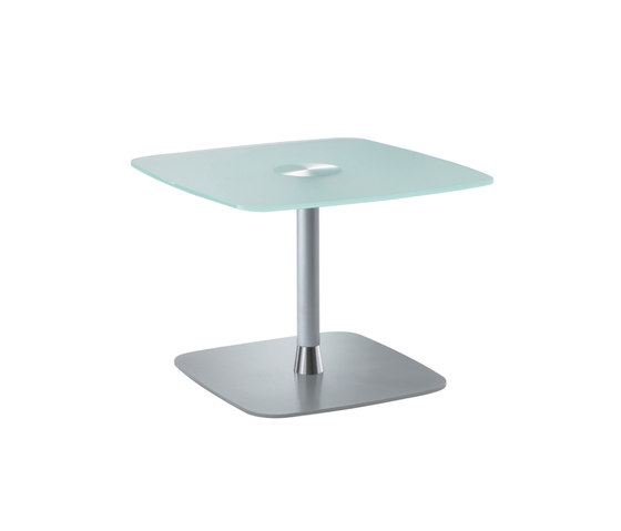 Court by Rossin | Lounge tables