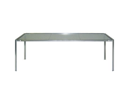 green table 222 de Alias | Mesas de comedor de jardín