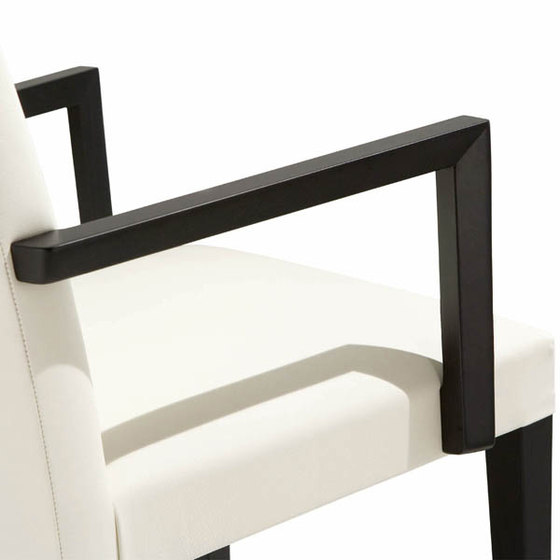 New Anna SO 1371 by Andreu World | Restaurant chairs