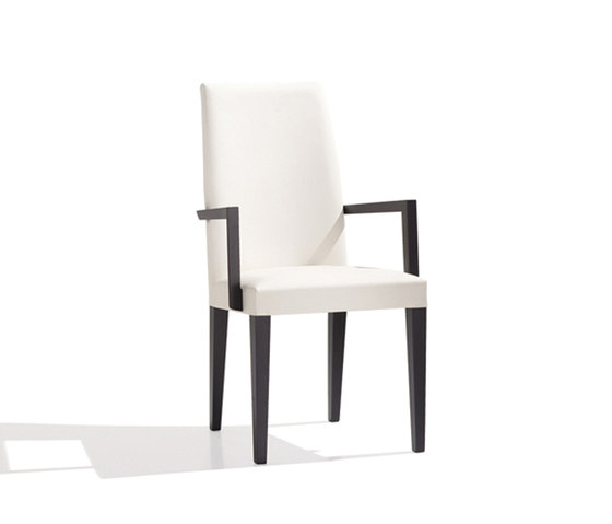 New Anna SO 1375 by Andreu World | Restaurant chairs