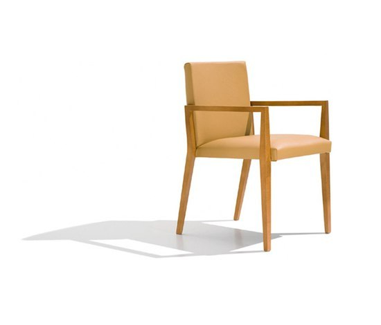 Uni SO 7402 by Andreu World | Restaurant chairs