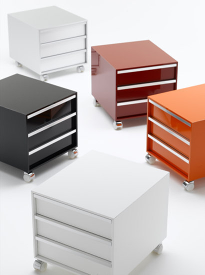 Cabinet units on wheels* by MDF Italia | Pedestals