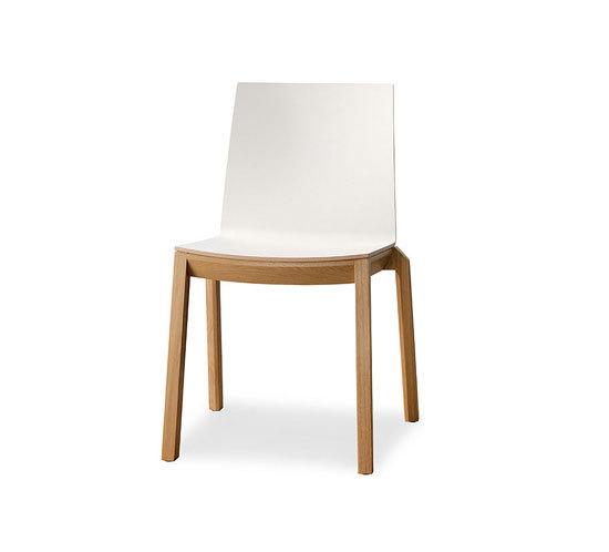 arta stacking chair di Wiesner-Hager | Sedie