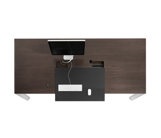 AL | Executive Office by Bene | AV tables